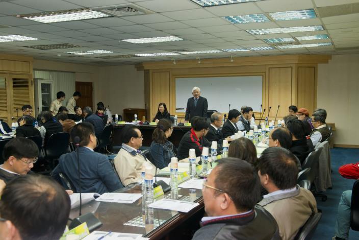 縣長李進勇第一次召開縣務會議 與鄉鎮長們共商地方發展