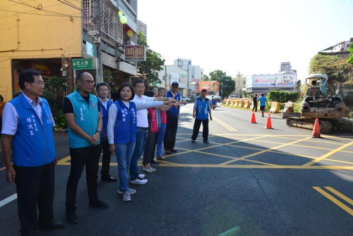斗六市內環路靠近文化路段今天進行最後一天地上物拆除作業,後續將展開道路拓寬工程,提升民眾用路安全。