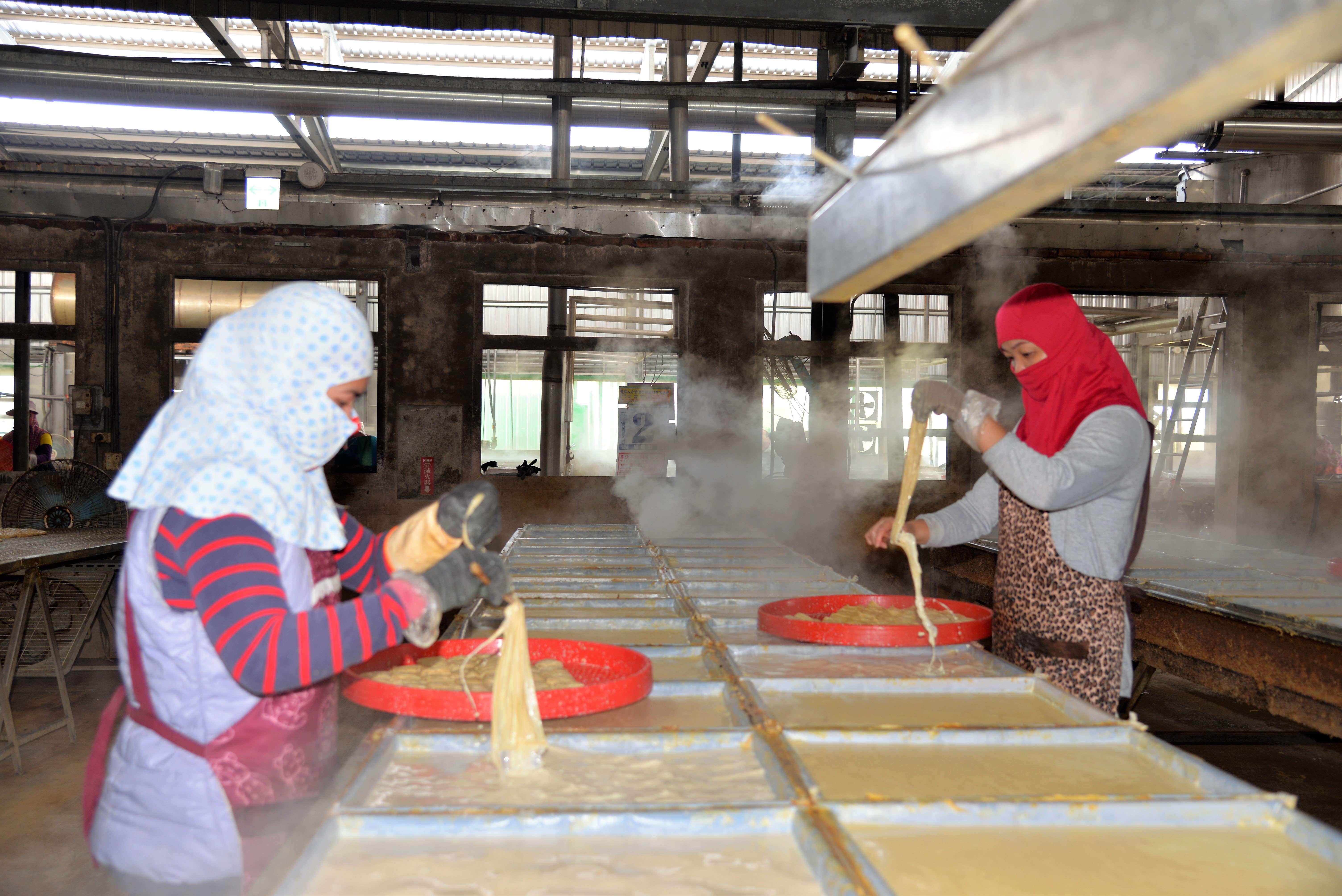 莿桐鄉長林靖焜及眾多鄉親關心的豆皮產業,縣府亦將與公所協調與通盤檢討。