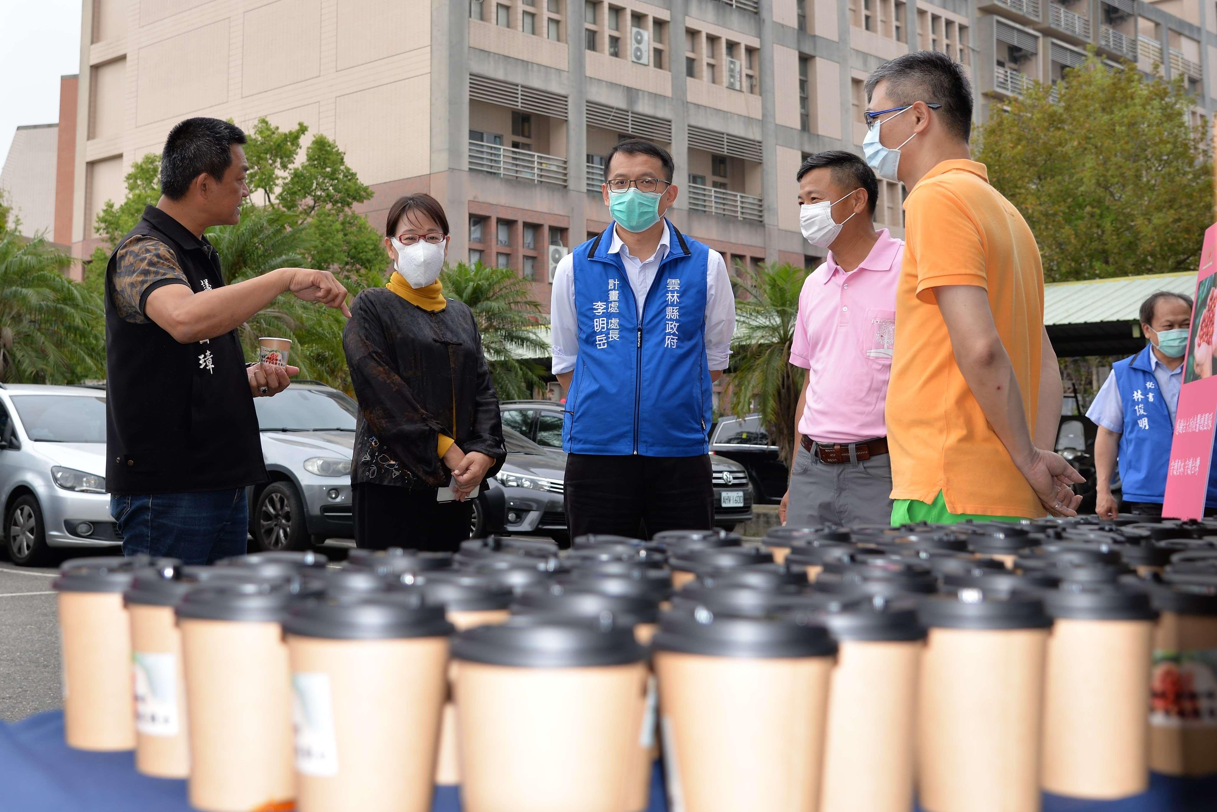 雲林古坑咖啡企業捐贈手沖咖啡慰勞一線醫護人員