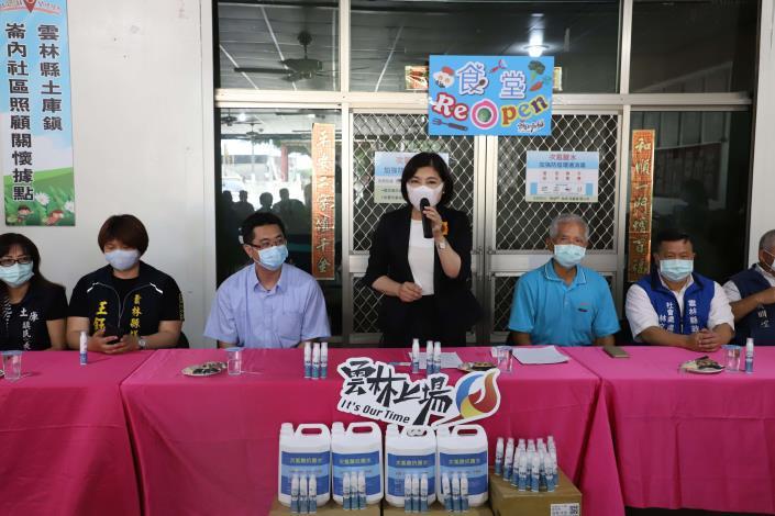 張縣長宣布長青食堂等據點,5月18日起有條件恢復共餐