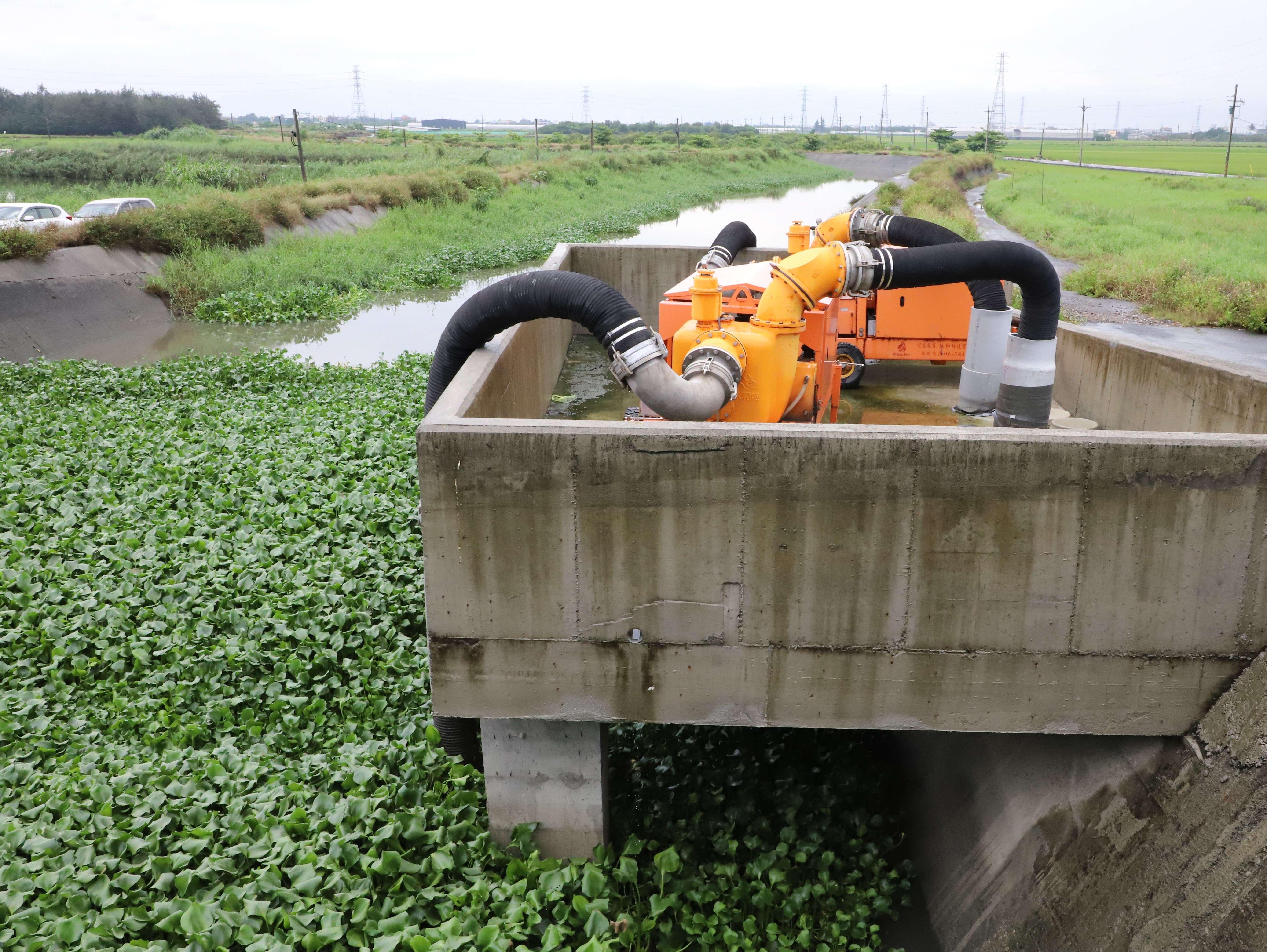 縣府規劃建置多處移動式抽水機平台,加強抽水機吊運時效。
