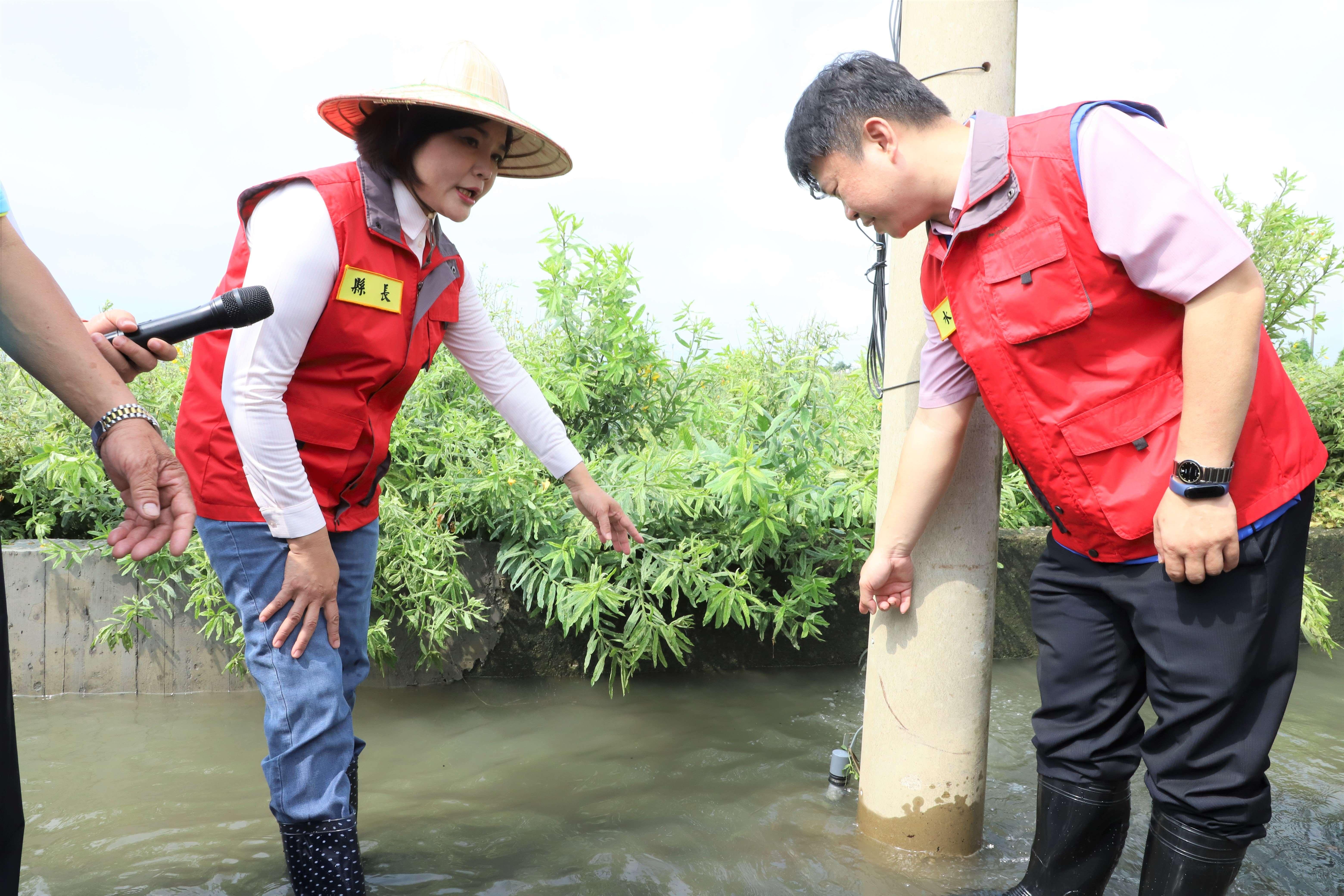 縣府在縣內易淹水地區設置100多處淹水感知器,即時掌控各地積、淹水情形。