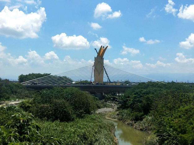 跨新虎尾溪橋接近完工 將成為嶄新地標及打卡景點