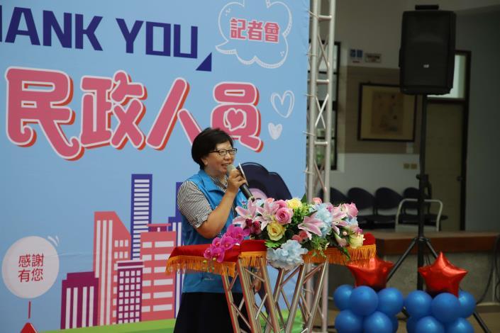 斗六市公所里幹事李秋燕分享防疫期間,關懷居家檢疫者的甘苦談。