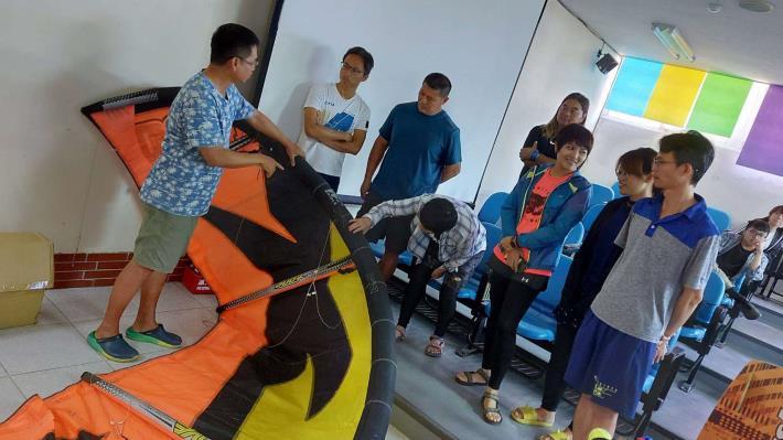 三條崙國際風箏衝浪學校暑期教師研3