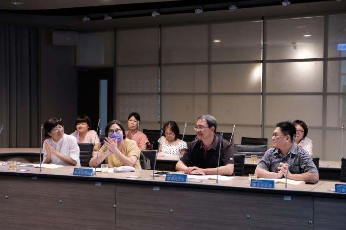109年第1次經濟弱勢戶自立脫貧委員會會議1