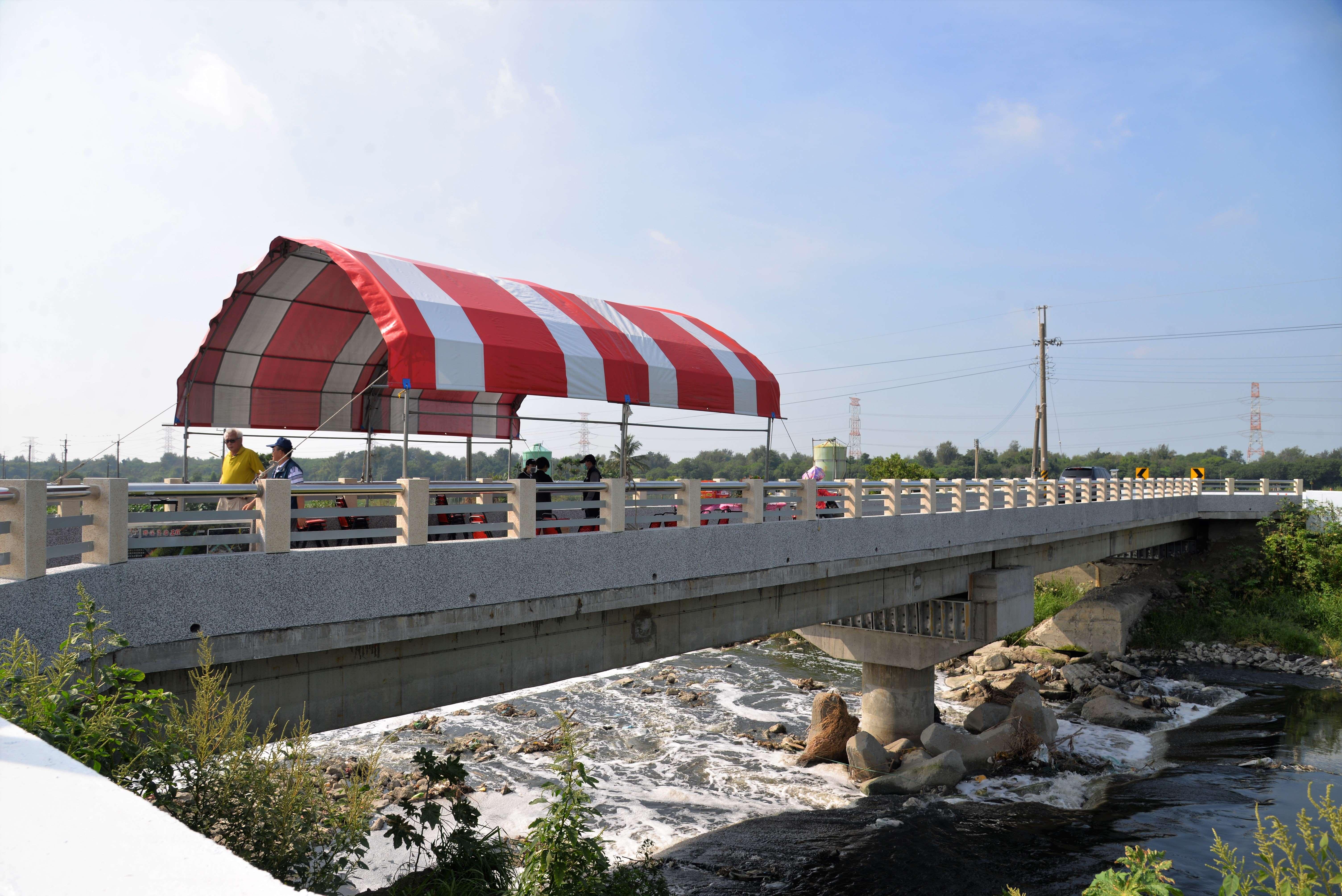 崙背鄉八角亭大排橋梁「草湖二號橋」早於今年6月中旬完工通行