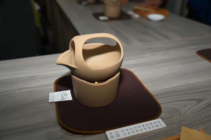 張縣長率縣府團隊參訪南投茶博 為雲林宣傳「台灣咖啡節」及「雲林咖啡半程馬拉松」018