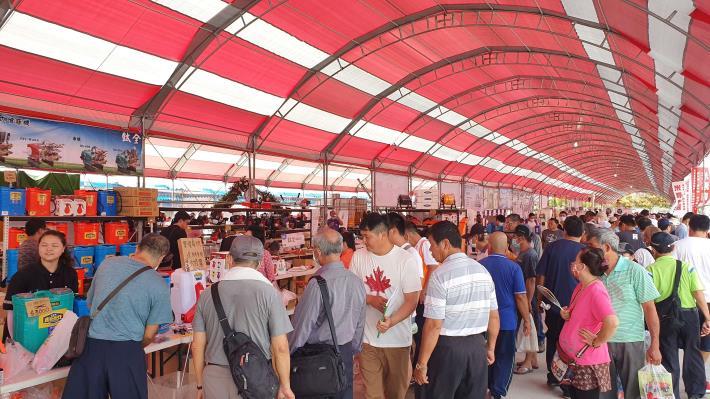 2020雲林國際農機展吸引許多民眾參觀選購