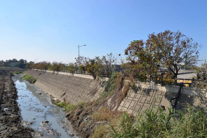 大埤鄉延潭大排改善工程,使北鎮滯洪池效益更加提升,大幅改善大埤地區淹水情形