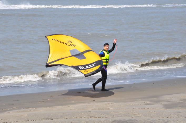 推廣水域安全教育 縣府結合風箏衝浪舉辦研習活動008