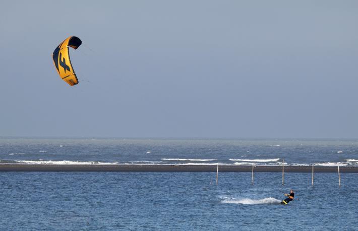 推廣水域安全教育 縣府結合風箏衝浪舉辦研習活動014
