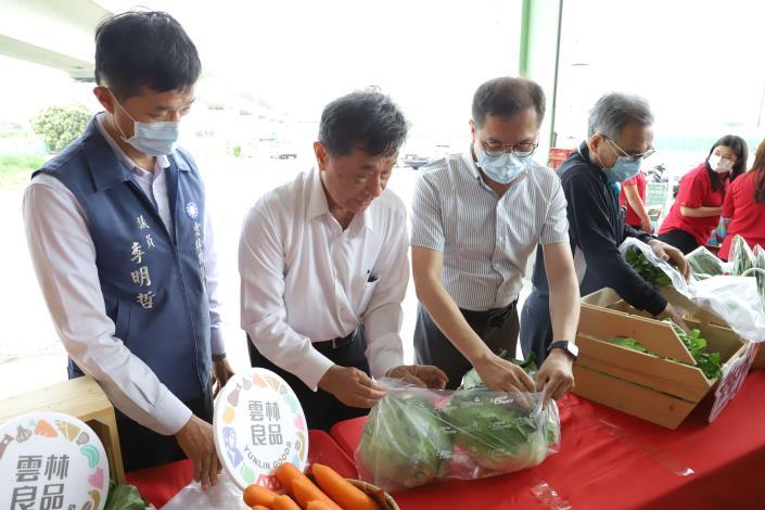 和心果菜生產合作社跟業者合作利用蔬果氣調保鮮袋的相關技術,克服長期運輸的問題,確保雲林在地蔬果抵達時仍保持新鮮的狀態。