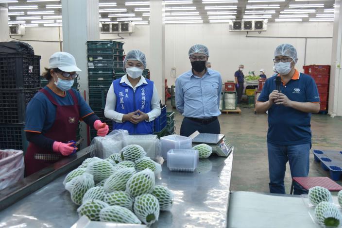 張縣長視察升陽農產股份有限公司包裝場