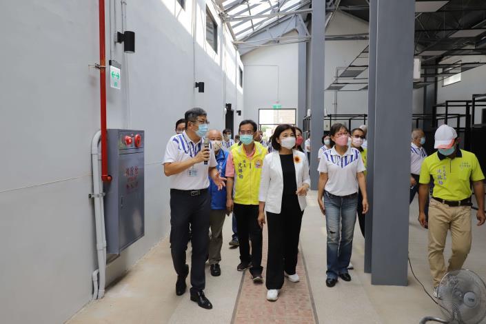 縣府行動主管會報移師斗南,關心斗南火車站南向倉庫群改造進度。