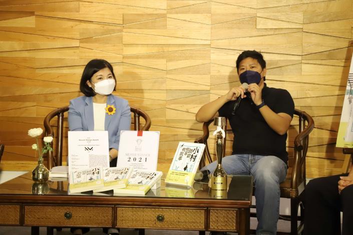 水牛設計部落負責人呂耀中分享新書創作理念與內容。