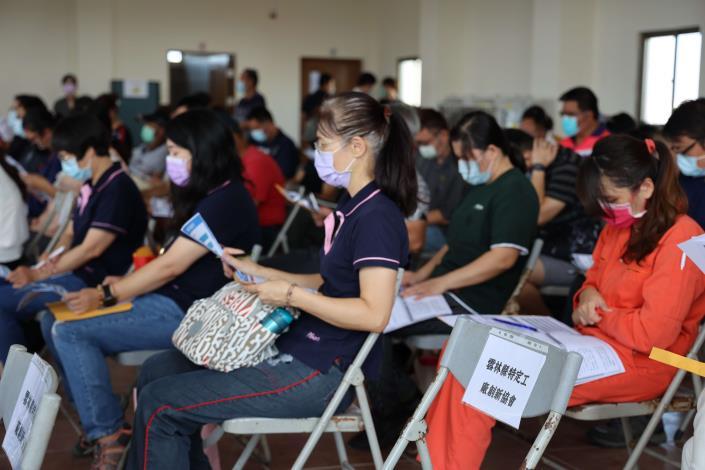 27日「雲林縣未登記工廠納管輔導說明會」,業者參與踴躍。