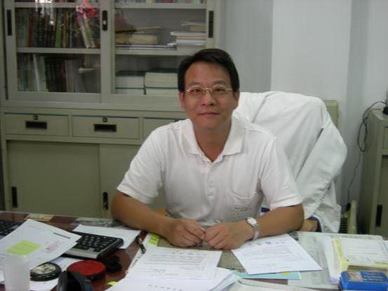 雲林縣政府農業處副處長陳炳坊