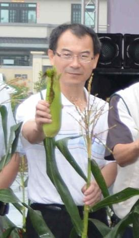 雲林縣政府農業處科長張文東