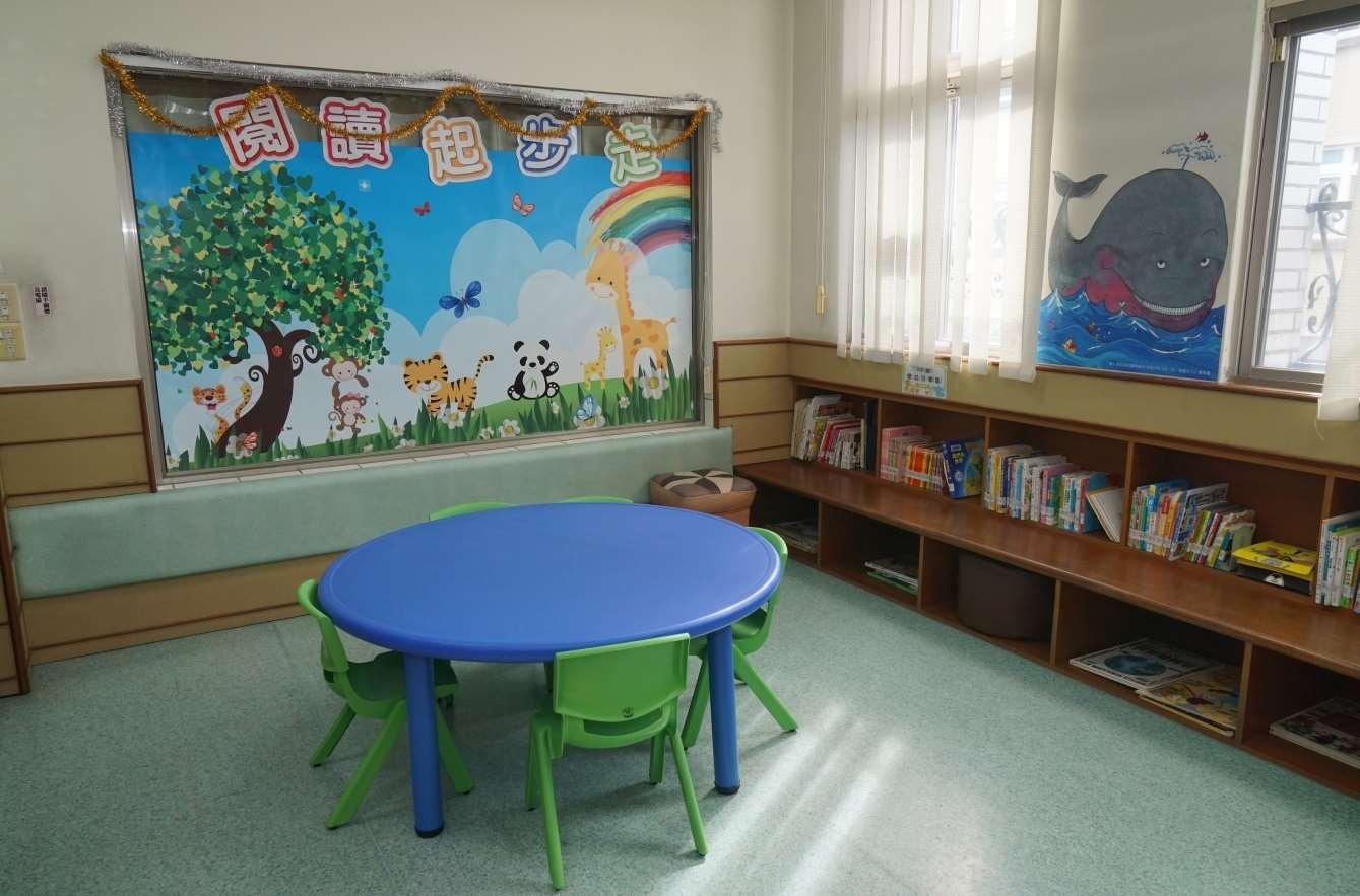 2樓嬰幼兒學習專區