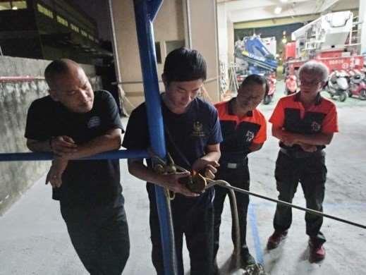雲林縣消防局第一隊斗南分隊辦理T型救援系統架設及ID操作訓練-訓練過程