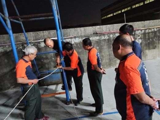 雲林縣消防局第一隊斗南分隊辦理T型救援系統架設及ID操作訓練