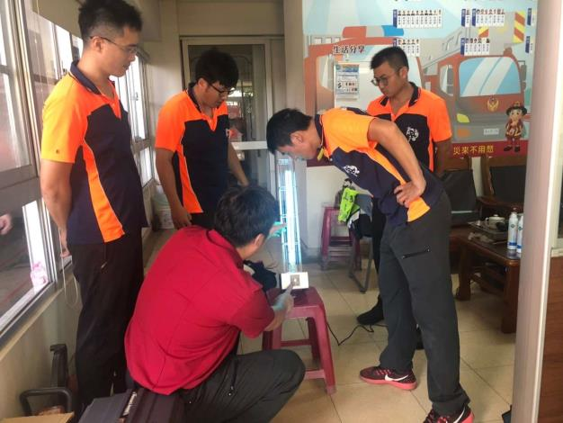 雲林縣消防局第二大隊西螺分隊辦理紫外線殺菌燈教育訓練-訓練過程