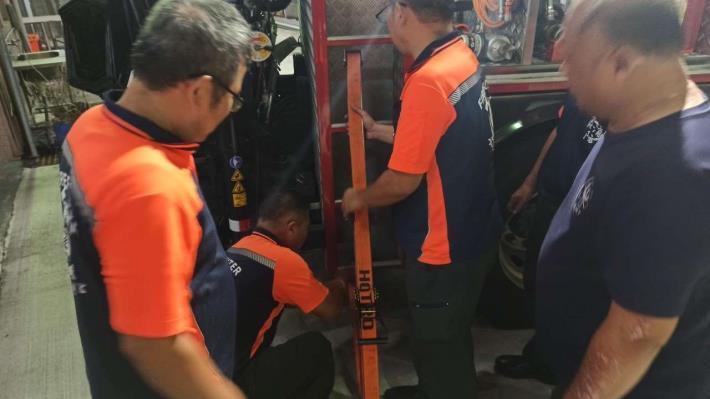 雲林縣消防局第一大隊斗南分隊辦理KED車內脫困及IV注射教育訓練