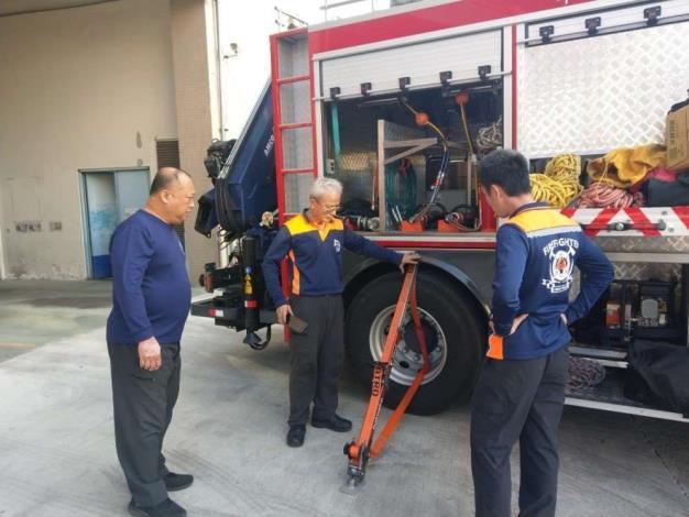 雲林縣第一大隊斗南分隊辦理器材車救災裝備器材操作保養訓練-訓練過程