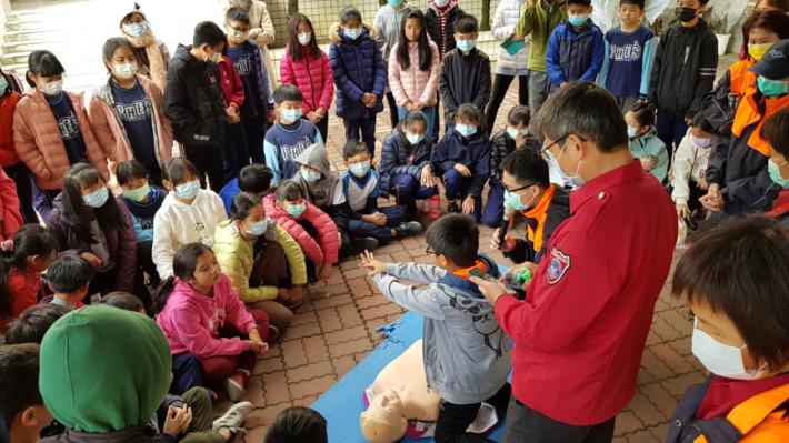 雲林縣消防局第二大隊虎尾分隊消防節防災宣導週CPR宣導