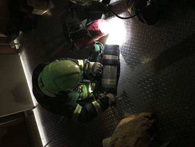 雲林縣消防局第二大隊虎尾分隊SCBA自救訓練-訓練過程