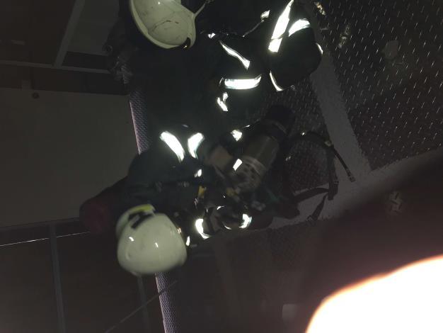 雲林縣消防局第二大隊虎尾分隊SCBA自救訓練