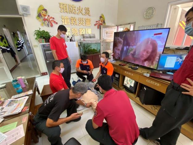雲林縣消防局第三大隊北港分隊辦理高品質CPR訓練