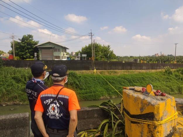 雲林縣消防局第一大隊斗南分隊模擬水域救援訓練架設-訓練過程