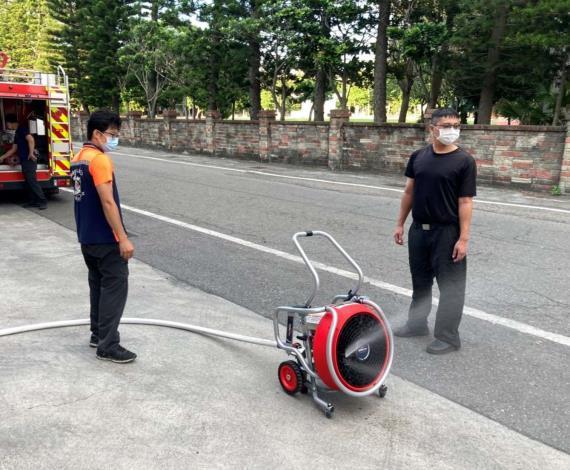 雲林縣消防局第三大隊台西分隊辦理正壓式水霧排煙機操作訓練-訓練過程